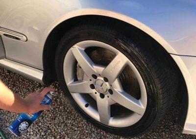 The tyre black used is sprayed-on